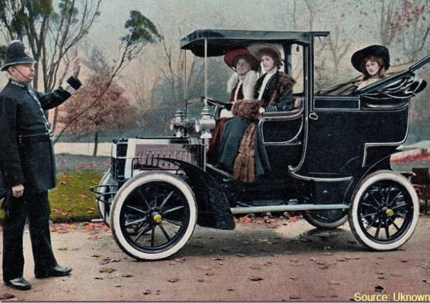 car early ladies policeman