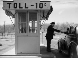 USA tollbooth attendent