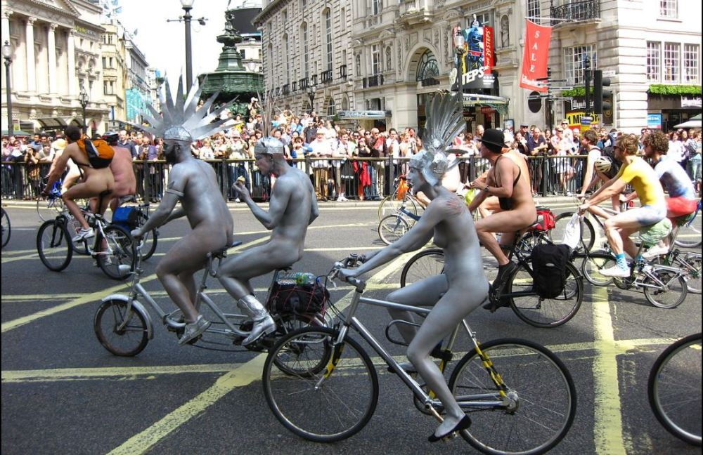 They're Back Again: The 2014 World Naked Bike Ride (1/2)