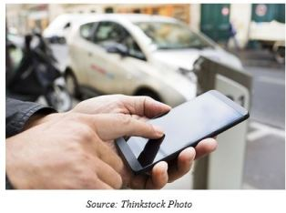 share-mobility-illustratoin-photo-with-smartphone-and-car